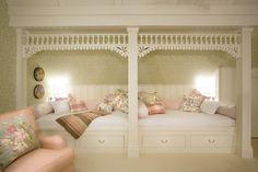 Vintage Farmhouse: Nicola Manganello.. love the double daybeds