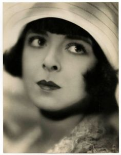 Colleen Moore 1920's Pin up girl