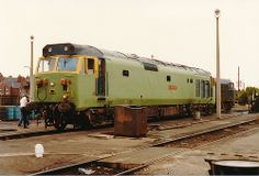 50001 (ex D401) 'Dreadnought' at Doncaster Works in undercoat on 22nd July 1984. Built at the English Electric Vulcan Foundry and delivered on 9th Dec 1967. Named 'Dreadnought' on 9th May 1978. Withdrawn on 19th April 1991 and cut up at Booths' Rotherham on 12th Dec 2002. (Keith Partlow)