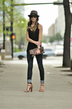 Love this Clare Vivier leopard fold-over clutch! Perfect summer time date outfit! #FASHION #CLOTHES