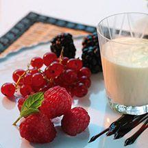 ViktVäktarna.se: Recept från ViktVäktarna Vit chokladpudding med frukt och bär (white chocolate pudding with yoghurt)