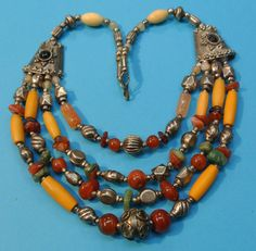 Rare outstanding vintage 1960s handmade ETNIC TRIBAL BOHO 4-strands necklace choker w ornament metal, yellow bone and red/ green agate beads
