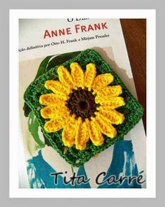 Square com Girassol e o Diário de Anne Frank