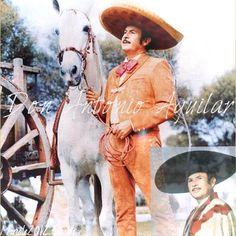 Antonio Aguilar...el cantante favorito de mi abuelito!