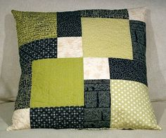 DISAPPEARING NINE PATCH PATCHWORK CUSHION WORKSHOP SEWING CLASS                                                                                                                                                                                 More