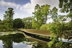 This walkway in Kew Gardens, London, designed by minimalist architect John Pawson, has been praised for its bronze glitter gloss and lightness sculptural serpentine.
