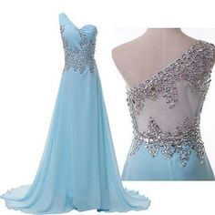 This dress is just so pretty!