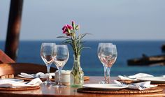 Great Ibiza Highlife - VIP Restaurants in Ibiza picture Castaway Resort, Ibiza Restaurant, White Wine, Alcoholic Drinks, Champagne, Glass, Restaurants, Pictures, Life