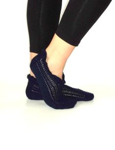 Valentines handknitted wool deep blue slippers by aykelila on Etsy, $28.00