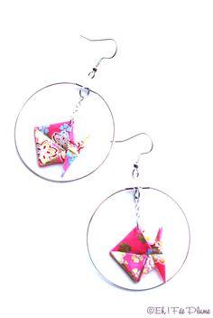 """Boucles d'oreilles origami """" La Fée Japonaise """" motifs colorés dans les tons rouges, bleus, jaunes : Boucles d'oreille par eh-fee-plume"""