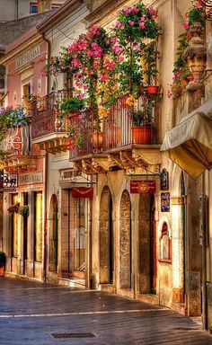 Beautiful streets, Taormina, Sicily, Italy. One of my favorite places, can't wait to go back!!!!