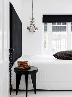 Take a tour of a workers' cottage on Sydney's Lower North Shore with a dramatic black and white colour palette.