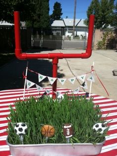 [Love This!] DIY Sports Party Goal Post - Spaceships and Laser Beams