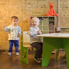 Great craft table for toddlers and kids! This table and chairs is sized to fit children ages 3-8, and is a fun addition to any kid's playroom or bedroom! Great place to do kid's crafts!