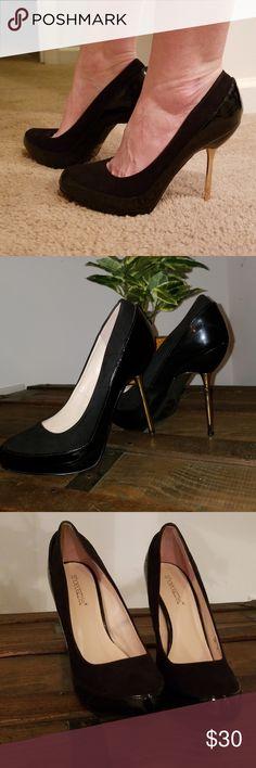 7b2a20aac797 SHOEDAZZLE GWYNDOLYN Spiked Heels Black Gold