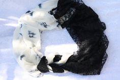 gemustert - Loop Schlauchschal schwarz weiß Spitze Chiffon  - ein Designerstück von trixies-zauberhafte-Welten bei DaWanda