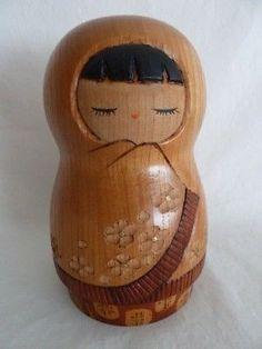 Japanese-Modern-Creative-Wooden-Kokeshi-Doll-Ryouka-Aoki-6-7-8-034-KT-73083 Japanese Modern, Japanese Doll, Asian Doll, Kokeshi Dolls, Wooden Art, Wooden Dolls, Russian Art, Material, Artisan