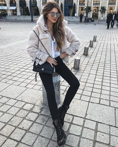Classy outfits for women, casual winter outfits, trendy outfits, fall outfits, fashion Warm Outfits, Fall Winter Outfits, Classy Outfits, Stylish Outfits, Autumn Winter Fashion, Casual Winter, Looks Street Style, Looks Style, Look Fashion