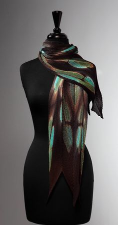 Turquoise Flora Pleated Scarf by Laura Hunter (Silk Scarf) Laura Hunter, Chic Fashionista, Costume Hats, Scarf Design, How To Wear Scarves, Future Fashion, Feminine Style, Shibori, Vintage Fashion