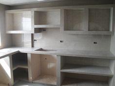 Cocina en mampostería recubierta con cerámica y porcelanato.