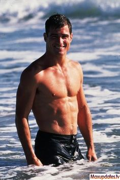 George Eads - Nick Stokes from CSI. I've had the biggest crush on him since probably 6th grade.