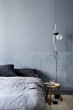 Wabi Sabi interior decor - the latest wall finishes trends - limewashed walls Bedroom Lamps, Bedroom Lighting, Bedroom Decor, Bedside Lighting, Bedroom Table, Bedroom Colors, Master Bedroom, Interior Design Blogs, Interior Inspiration