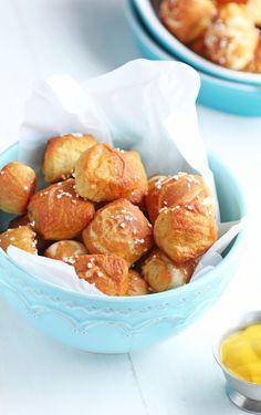Homemade Soft Pretzel Bites @carmelmoments