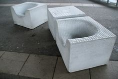 Google Image Result for http://www.curatedmag.com/news/wp-content/uploads/2009/02/concretethings-chair-front.jpg