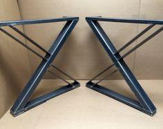 Design Esstisch Beinen, drei Bars mit mittleren Platz, industrielle Beine, robuste 2 Beinen aus Stahl von MetalAndWoodDesign
