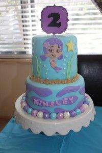 Kinsley's Bubble Guppie cake!