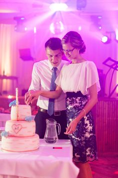 Bride and groom cut wedding cake together. There's no more you and I.  There's we now. #wedding #weddingcake #bettertogether #marriedcouple  photo by www.filipfoto.eu