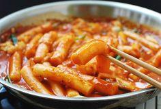 Tteokbokki (Spicy Stir-fried Rice Cakes)   Korean Bapsang