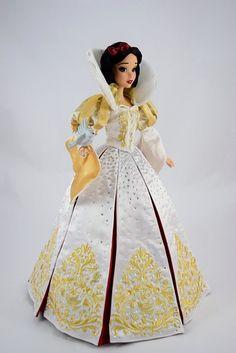 Disney Princess Dolls, Disney Dolls, Princess Belle, Doll Clothes Barbie, Barbie Dress, Snow White Doll, Snow White Disney, Enchanted Doll, Princess Collection