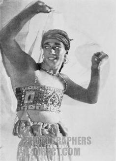 Vaslav Nijinsky dancing in the ballet Scheherazade . Ballets Russes de Diaghilev . Music by Nikolai Rimsky Korsakov .