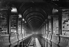 Trinity College Library, Dublin, 1920