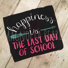 Happiness Is The Last Day of School by MagnoliaPearlDesigns Teacher Outfits, Teacher Gifts, Teacher Wardrobe, Teacher Fashion, Silhouette School, Silhouette Art, Silhouette Projects, End Of School Year, School Days