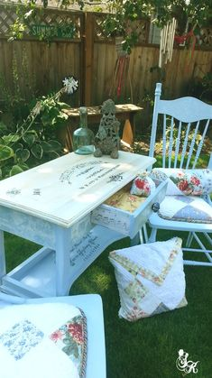 Stenciled+and+Painted+French+Style+Furniture