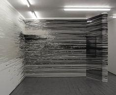 monika grzymala | adhesive tape concept. * 1970 in zabrze. eine polnisch-deutsche installationskünstlerin, bildhauerin und grafikerin. monika grzymala lebt in berlin.