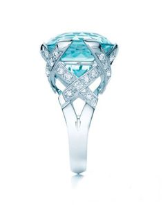 Tiffany Paloma Picasso- If only it was a emerald! I am looking for an emerald (Mason's Birthstone) ring.
