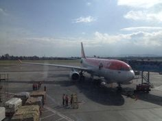 A330 de Avianca en Bogotá: pic.twitter.com/FKkDkozAXO, por @iShosholoza