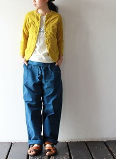 Blue and yellow Unisex Fashion, Girl Fashion, Fashion Outfits, Womens Fashion, Cute Simple Outfits, Modesty Fashion, Natural Clothing, Winter Stil, Japan Fashion