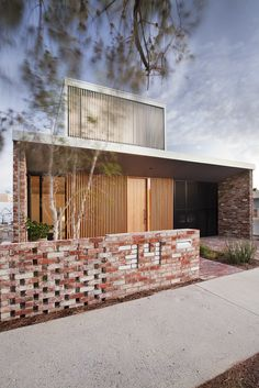 Price Street House by architects Yun Nie Chong and Patrick Kosky in Fremantle, Western Australia. Photo Bo Wong