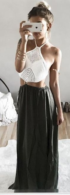 ideas crochet top outfit boho maxi skirts for 2019 Black Summer Outfits, All Black Outfit, Summer Outfits Women, Maxi Skirt Crop Top, Maxi Skirt Boho, Maxi Skirts, White Crochet Top, Crochet Summer Tops, Crochet Top Outfit