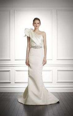 Jacqueline Carolina Herrera Bridal Fall 2013
