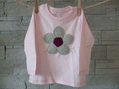 """KingulY Bio-Häkelshirt """"Flower-Power""""/hellgrau-fuchsia auf zartrosa - nach GOTS zertifiziert.  Gesunde Shirts für Kids von 6 Monaten bis 6 Jahren! Flower Power, Shirts, Pink, Gray, Shirt, Dress Shirts, Top, Tees, Sweaters"""