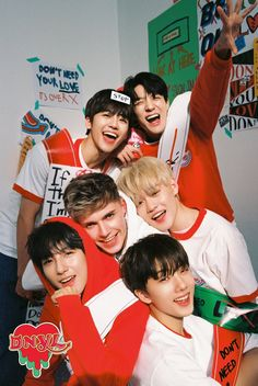 don't need your love nct dream x hrvy Nct 127, Jisung Nct, Jeno Nct, Foto Bts, Winwin, K Pop, Mtv, Kpop Wallpaper, Wallpaper Desktop