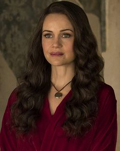 The Haunting of Hill House: Will Netflix's New Horror Series Get a Season House Season 2, Foto Top, Carla Gugino, House On A Hill, Hair Inspiration, Actors & Actresses, Beautiful People, Amazing People, Glamour