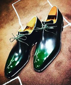 """958 Likes, 13 Comments - Corthay (@maison_corthay) on Instagram: """"Arca in green is like emerald, gorgeous !#corthay #green #japan #MadeInFrance #TheFinestShoes…"""""""