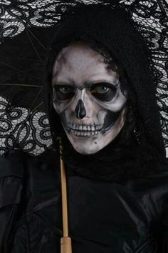 Skull makeup, nice that there is a bit of color in this besides black/white/gray