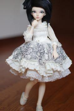https://flic.kr/p/uzwE4E   DeisdollHouse Dresses